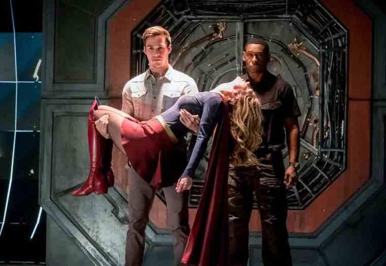 Flash-Supergirl-Musical-Crossover-Duet-1