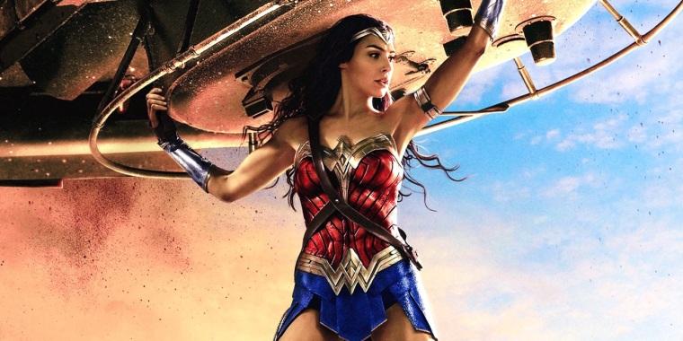 Wonder-Woman-Movie-Holding-Tank-Art.jpg