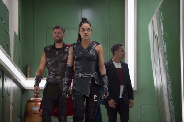 thor-ragnarok-hesmworth-thompson-ruffalo-600x399