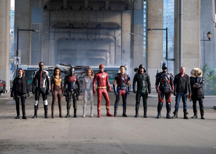 legends-of-tomorrow-season-3-crisis-on-earth-x-crossover-image-14