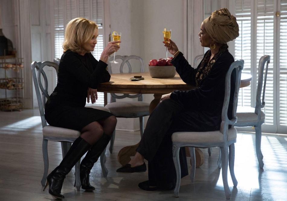 Jessica Lange and Angela Bassett AHS Coven