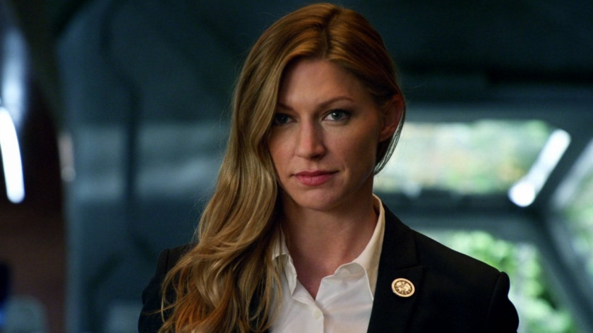 Jes Macallan on Legends of Tomorrow